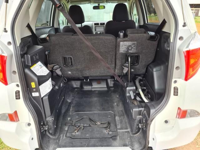 Toyota Ractis B (Small)